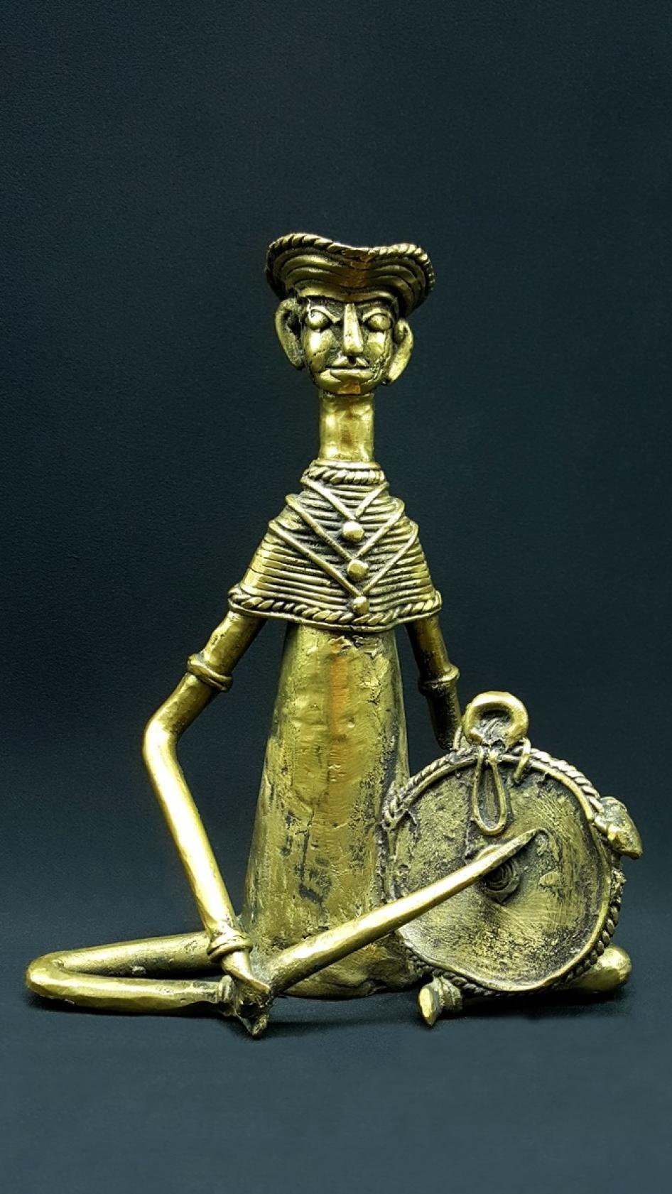 Statue Bastar Le musicien cymbale