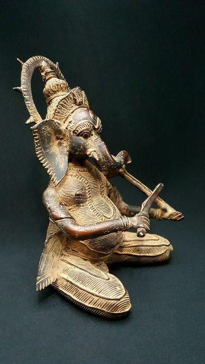 Ganesha Musician