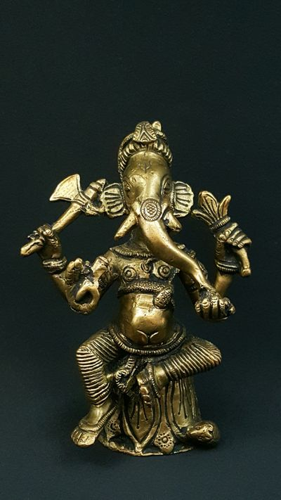 Sitting Ganesha Himalaya