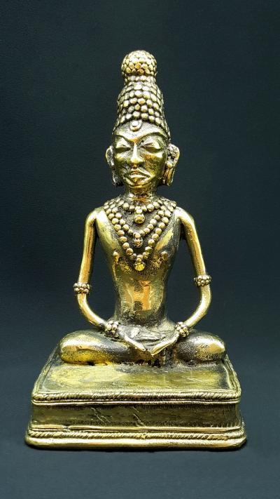 Statue tribale de Bouddha en Padmâsana